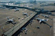 aéroport de lyon a vendre